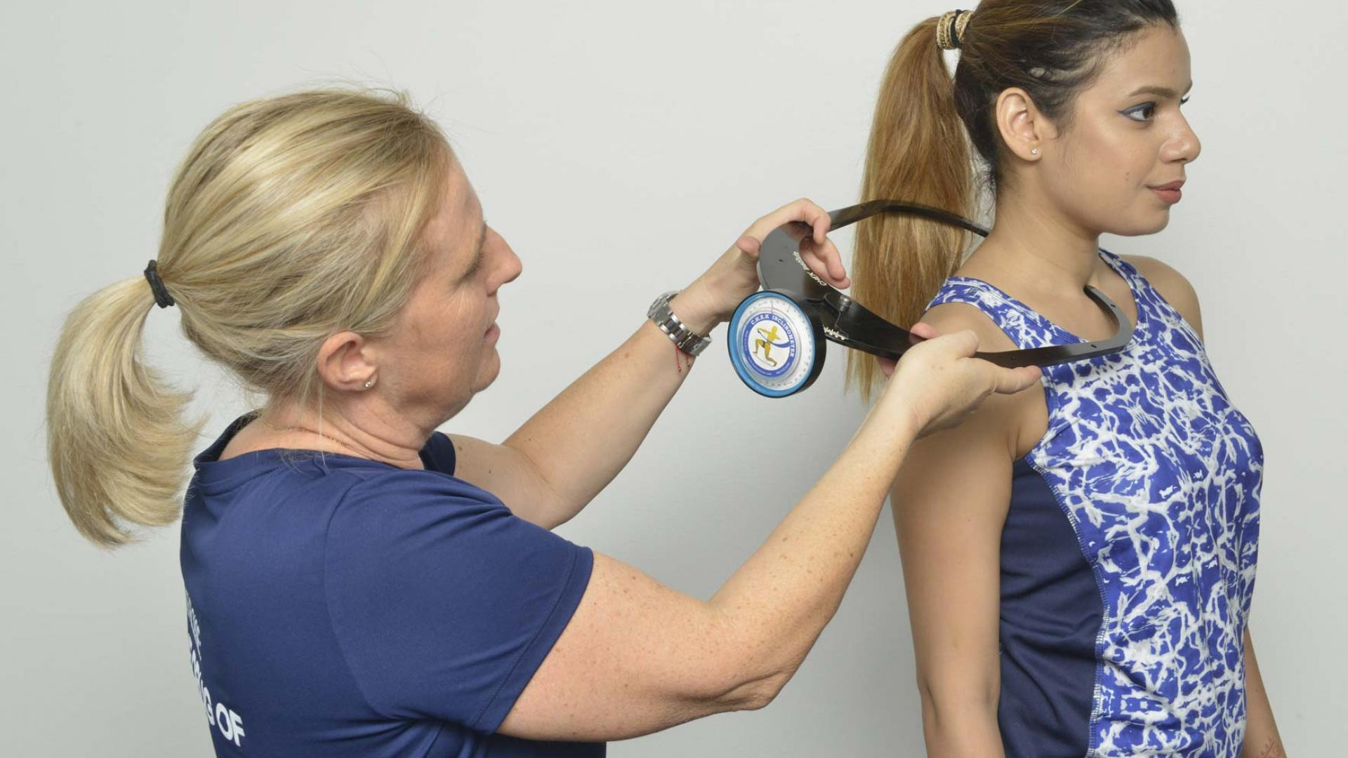 Measuring posture of the neck using a CHEK inclinometer